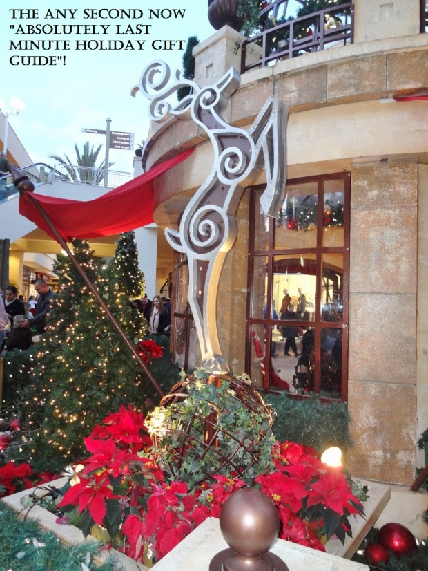 Fashion Valley Christmas Image with text
