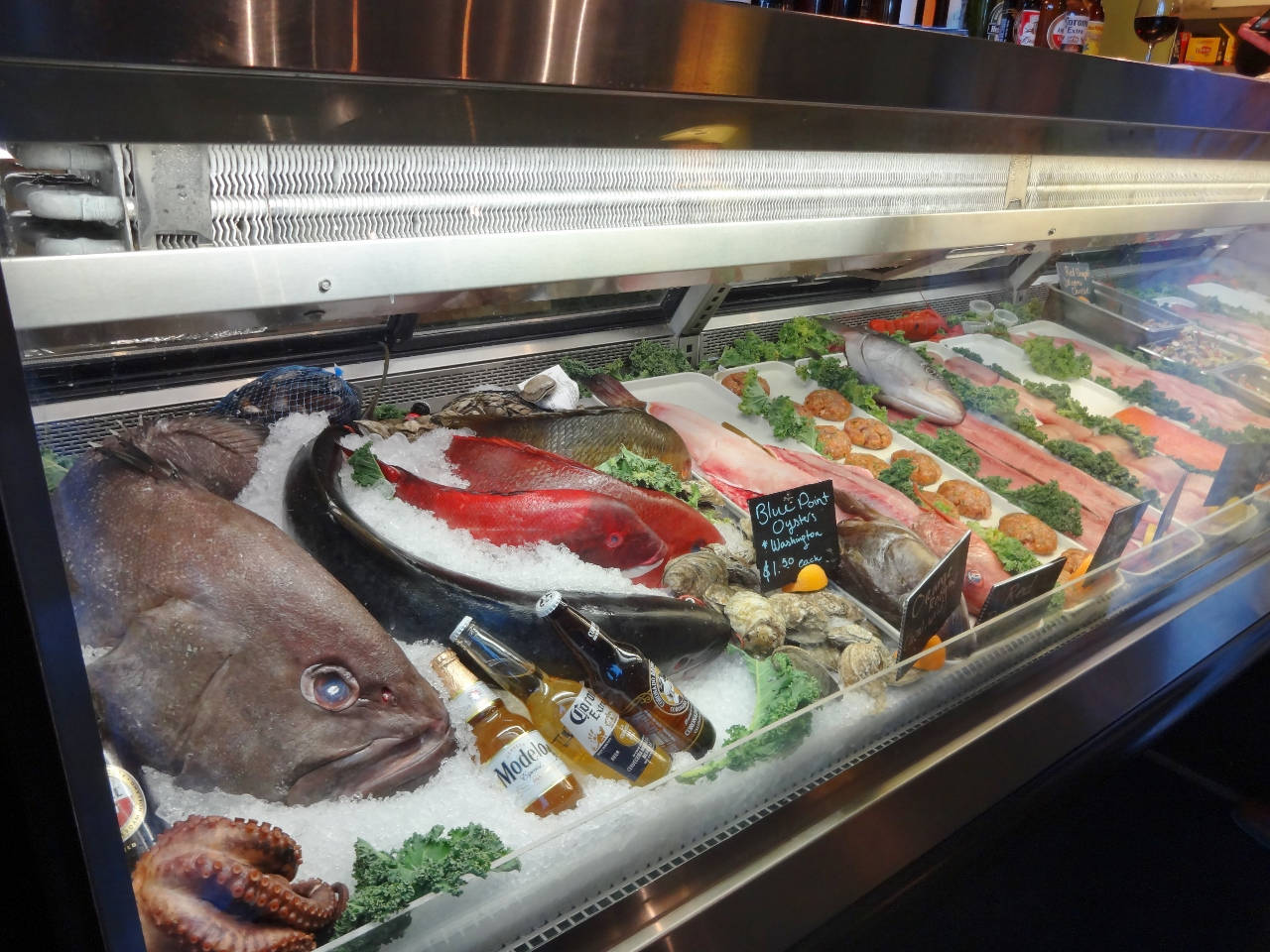 Fresh catch fish market and grill any second now for Family fish market menu